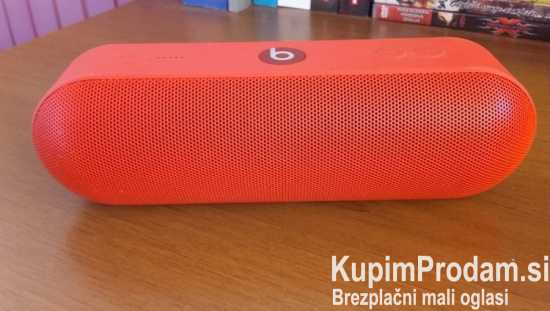 BEATS Bluetooth zvočnik Pill+, rdeč